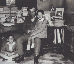 Luis Gálvez y su familia