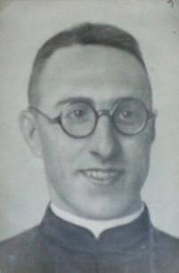PADRE HUIDOBRO