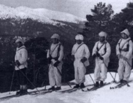 Miembros del Batallón Alpino del Guadarrama durante la Guerra Civil